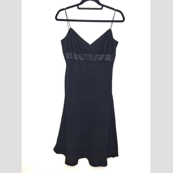 Jones Wear Dresses & Skirts - JONES WEAR vintage 90s little black dress size 12